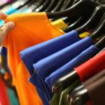 Consument let niet op duurzaamheid bij kopen kleding