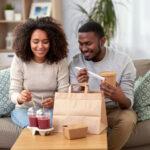 Nederlanders koken minder en bestellen vaker eten