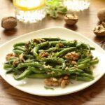 Maaltijdsalade met sperziebonen en walnoten